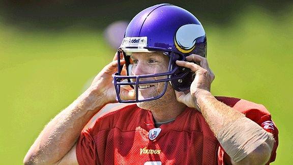 Brett Favre at Vike Practice