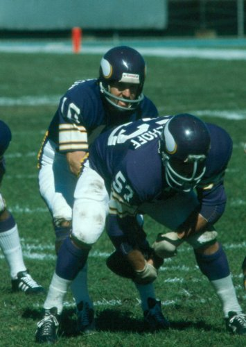 A big reason Fran Tarkenton is in the Hall is because he was behind Tingelhoff.