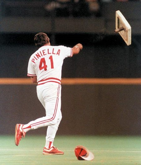 lou piniella throwing second base as a Red