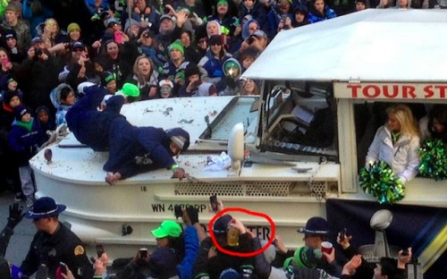 marshawn lycnh drunk on duck boat